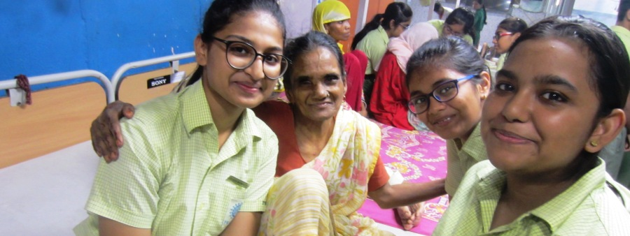 Visit to Old Age Home (3)